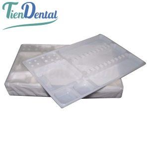 Bandejas-desechables-organizadoras-de-instrumental-TienDental-material-odontológico