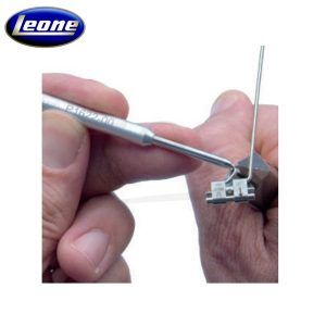 Instrumento-Dobla-Brazos-para-Distalizador-Fast-Back-Leone-TienDental-material-odontológico-Ortodoncia